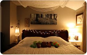 college bedroom decor posted by kaitlyn on   pm in college decor college decor on a dime