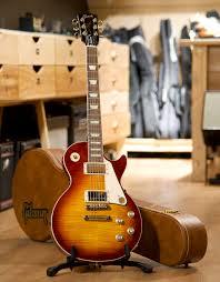 <b>Электрогитара Gibson Les</b> Paul Standard '60s Iced Tea, с кейсом