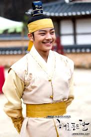 Actori coreeni  Images?q=tbn:ANd9GcTibvicVfoEP5vqR1T4WdPiyJOczaL2yJHNlEcu9lHX8itmALgn