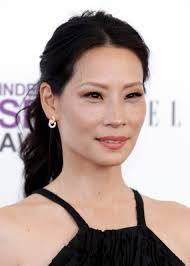 Photo : Lucy Liu Blue Old South Dress Golden Globes Warner Brothers Instyle After Party January - ap-1621506057