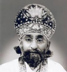 Mehboob-e-Zaat, Shabih-e-Mehboob-e-Zaat, Hazrat Syed Iftikhar Ahmad Hussain Gillani (1936-2000) Sajjada Nasheen of Darbar-e-Aliya Dergah-e-Hazrat ... - sarkaar-e-aali-81