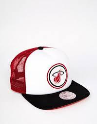 <b>Бейсболка Mitchell & Ness Miami Heat</b> | ASOS