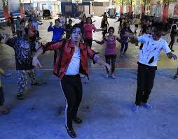 <b>Michael Jackson's</b> '<b>Thriller</b>' is first to sell 30 million in U.S. | Reuters