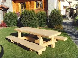 Tavolo Da Terrazzo In Legno : Tavoli rustici per esterno segheria beltramo legnami