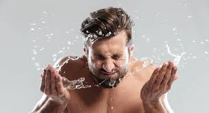 9 Best <b>Face</b> Washes & <b>Cleansers</b> for <b>Men</b> (All Skin Types) 2020