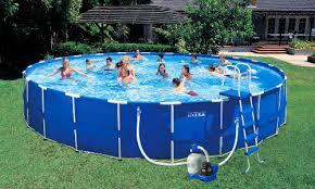 Каркасный <b>бассейн Intex</b>: выбираем, какой купить