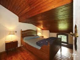 zones bedroom wallpaper:  bedroom main farm house in zone advert