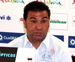 Juan Carlos Cordero durante la rueda de prensa (LUIS JAVIER QUESADA). Durante estos días, las apariciones de Juan Carlos Cordero ante los medios de ... - imagennoticia14231_0