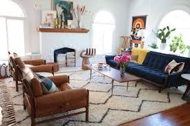room rug carpet table