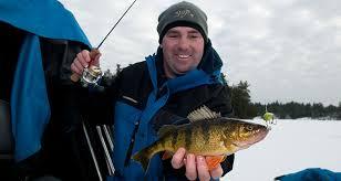 <b>Ice Fishing</b> With Horizontal Hard Baits - On The Water