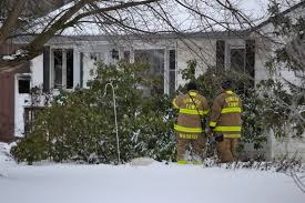 w dies in oswego county house fire police say com the fire occurred in the front corner of the house the fire did not sp and was knocked down two hose lines in about 30 minutes