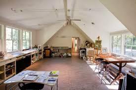httpwwwhomeditcom19 artists studios and workspace interior design ideas artists studio lighting