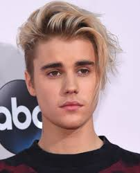 Justin Bieber - Age, Life & Songs - Biography