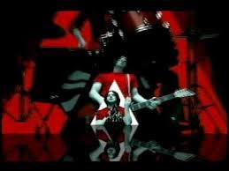 The <b>White Stripes</b>-Seven Nation Army - YouTube
