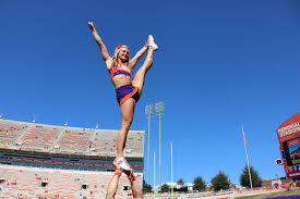 making the transition high school to college cheer flocheer the next thing you need to know is that college cheerleading is a much bigger commitment than high school cheer a typical week usually entails having 3 4