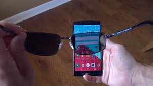 The Effects of <b>Polarized</b> Sunglasses on Smartphones! - YouTube