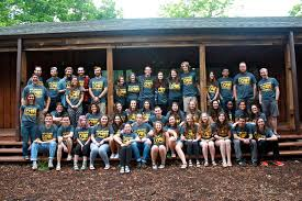 bear creek camp employment opportunities are you or is someone you know a college aged jesus loving fun and adventurous person if so we have the exact fun life changing and rewarding