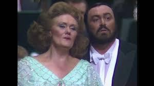 Dame <b>Joan Sutherland</b> and Luciano Pavarotti - 'Parigi, o cara ...