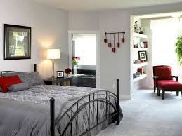 red wall paint black bed: bedroom fascinating black and red bedroom decoration using modern
