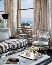 decor design hilton: living in a hilton world  living in a hilton world