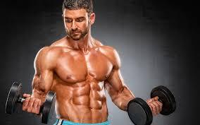Tăng cơ bắp nhanh nhất với 5 động tác tập thể hình với tạ