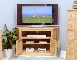 baumhaus mobel oak corner television cabinet allurefurnishingcouk baumhaus mobel solid oak mounted widescreen