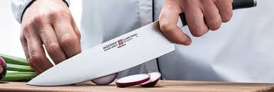 Работаем <b>поварским ножом</b> — <b>Wusthof</b>