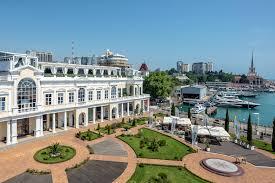 15 подарков к 8 марта: Банк идей галереи Grand Marina | SCAPP