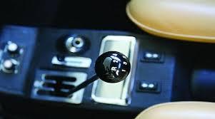 <b>ручка переключения передач</b>
