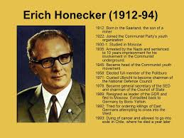「east germany Erich Honecker collapsed」の画像検索結果