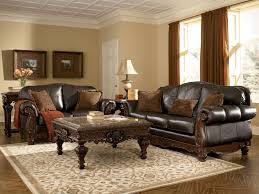Old World Dining Room Furniture 1000 Ideas About Traditional Sofa On Pinterest Retro Sofa