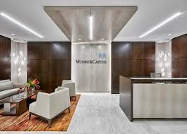 space planning interiors and branding firm mkda has designed a boutique office on the 6th floor at mitsui fudosan americas 527 madison avenue on behalf of capital office interiors photos