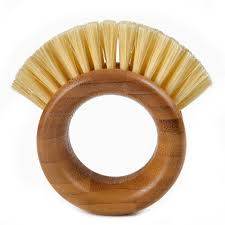 Full Circle - <b>The Ring Veggie Brush</b> | Peter's of Kensington