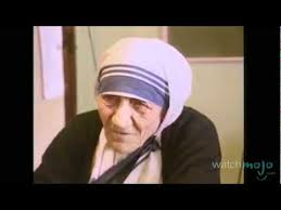 Mother Teresa Bio: The Life of A Healer - YouTube