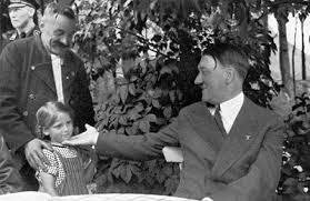Resultado de imagen de Adolf hitler en la intimidad
