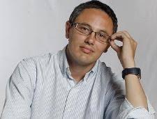 El periodista de ABC de Sevilla, Alberto García Reyes, ha ganado la XI edición del Premio Joaquín Romero Murube por su artículo «Poemas del oprobio», ... - garcia-reyes