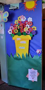 Decorazioni Finestre Scuola Primaria : Decorazioni per la scuola primavera fiori addobbi