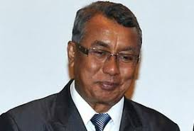 100 employers to face music for not implementing minimum wage. Human Resources Deputy Minister, Datuk Ismail Abdul Muttalib. --File Pic - 41373530504_295x200