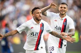 Why are PSG wearing white and <b>Real Madrid</b> wearing <b>blue</b> in the ...