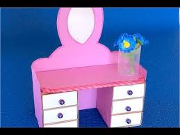 <b>DIY</b>: Мебель из картона Как сделать туалетный столик из ...