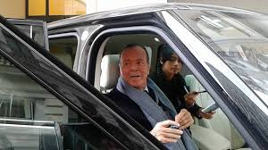 <b>Julio Iglesias</b> and <b>his</b> daughter leaving the hotel din Timisoara ...