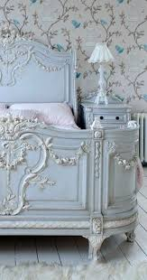 gorgeous bed i need this for the shabby chic room im redoing blue vintage style bedroom