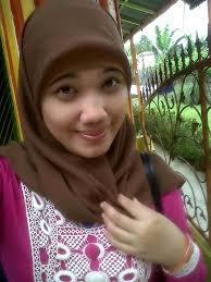 Gadis Manis ;). Nama : Siti fatimah. Twitter : @syfamutz. Facebook : http://www.facebook.com/siva.lach - 8786-siti-fatimah