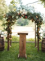 19 Stunning Outdoor <b>Wedding Arch</b> Ideas