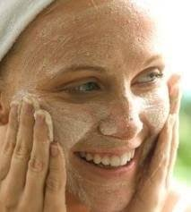 Get Fresher and Smoother Skin By Exfoliating