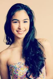 "MANILA, Philippines – Dubbed as ""showbiz royalty"" owing to her clan of local celebrities, Julia Barretto hopes to follow in the footsteps of her aunt, ... - mar9_juliabarretto"