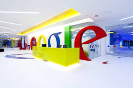 new googles office has really unusual design for the first shot but when you look more closer you will see that all things there was done to create atmosphere google office