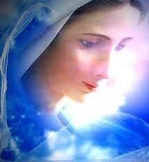 Belles images de la Vierge Marie (octobre) Images?q=tbn:ANd9GcTqMX1mxNsN5qT2yVyuZPOQWV6aTMkjeqaGGmkER3NYAIfvFcw1