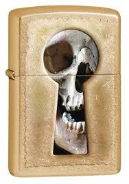 Широкая <b>зажигалка Zippo Keyhole Skull</b> 28540