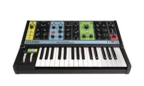 <b>Синтезатор Moog Grandmother</b>: купить, цена в Минске ...